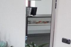 wandbündige-spiegeltür